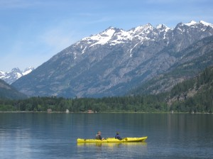 Kayaking Lake Chelan Near Stehekin